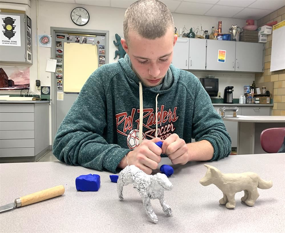 JHS Studio Arts Teaches Valuable Creative Skills