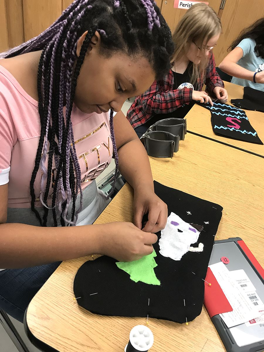 Washington Family & Consumer Science Students Create Holiday Stockings