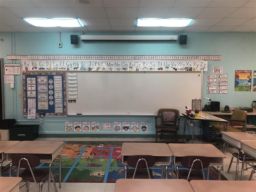 Picture of the classroom